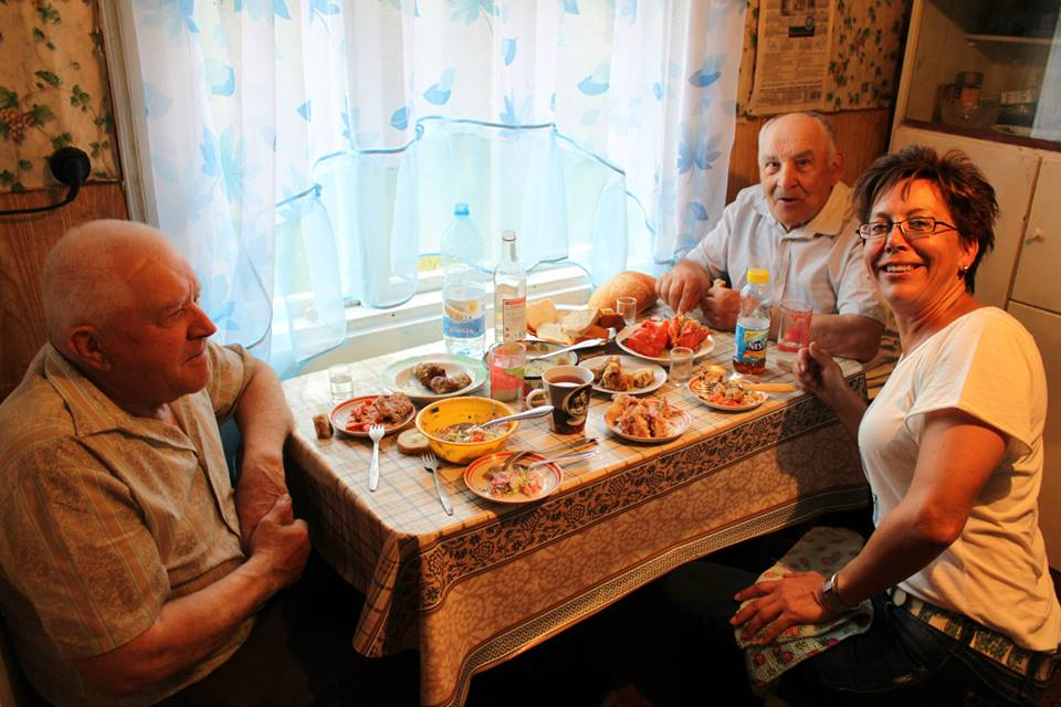 belarusian hospitality table